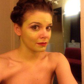 04-Faye-Brookes-Nude-Leaked