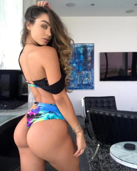 Sommer Ray Nude LEAKED Pics And Confirmed Sex Tape PORN Video 44