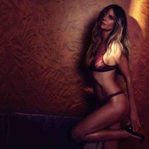 06-Heidi-Klum-Topless-Nude-Sexy