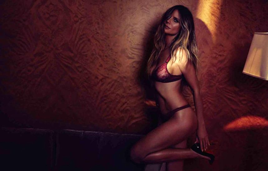 Heidi Klum Nude and Topless LEAKED Pictures 56