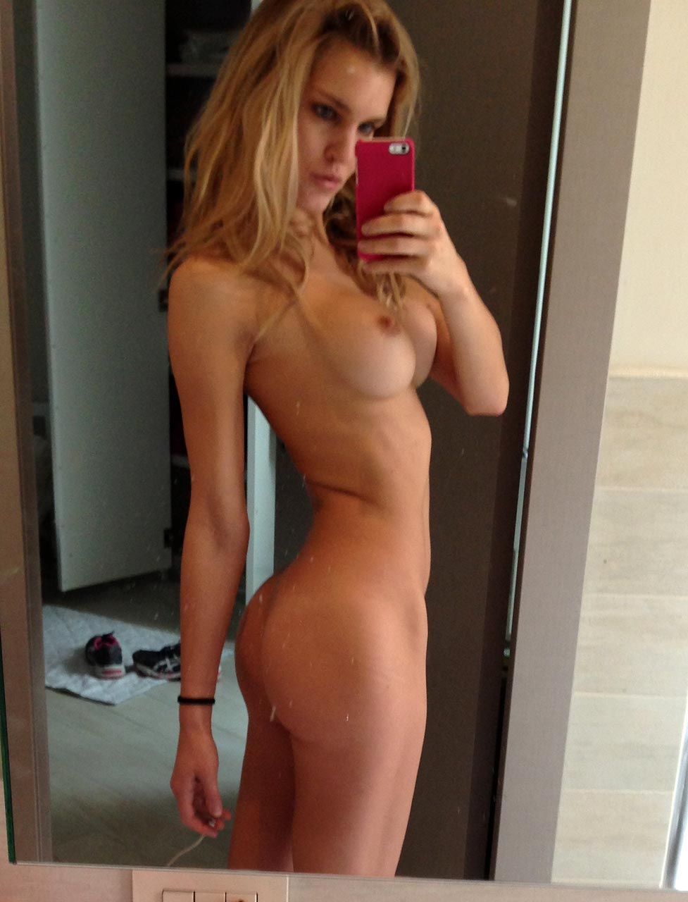 Joy Corrigan Naked model joy corrigan nude & topless leaked private pics [new