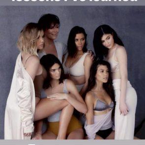 09-Kim-Kardashian-Topless-Sexy