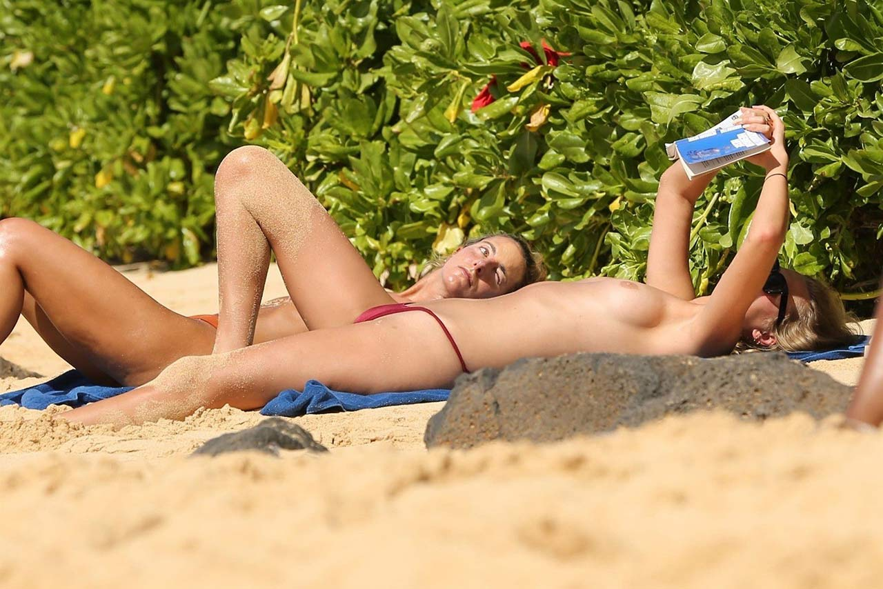 Toni Garrn Nackt