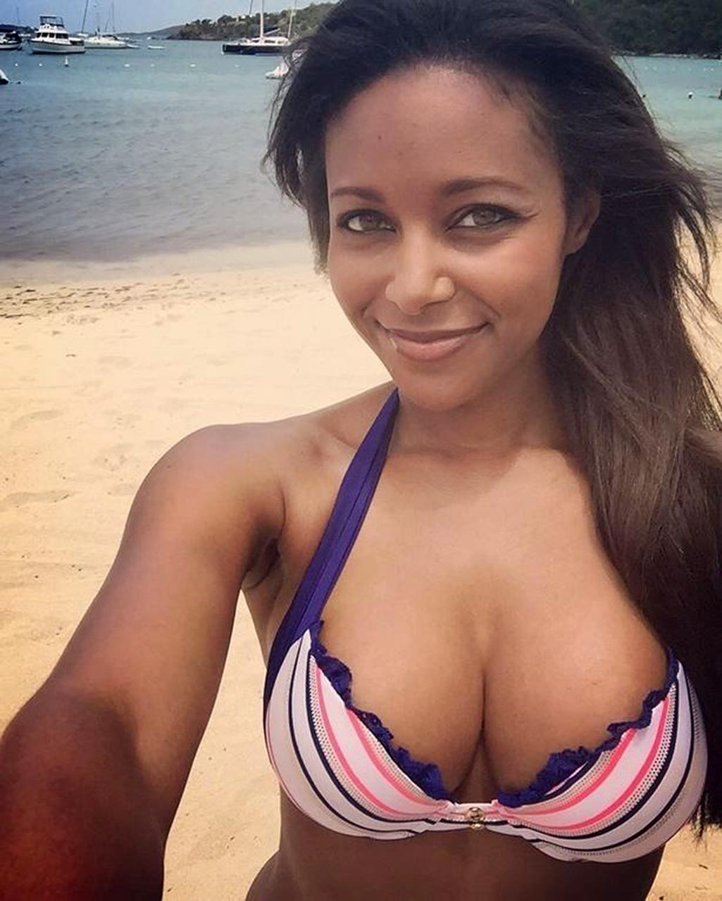 ebony wrestler brandi rhodes nude leaked private pics [new 15 pics]