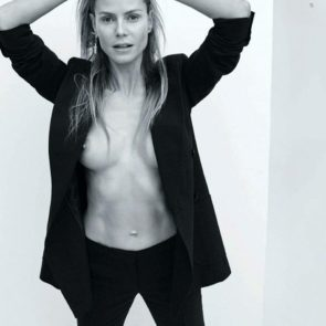11-Heidi-Klum-Topless-Nude-Sexy