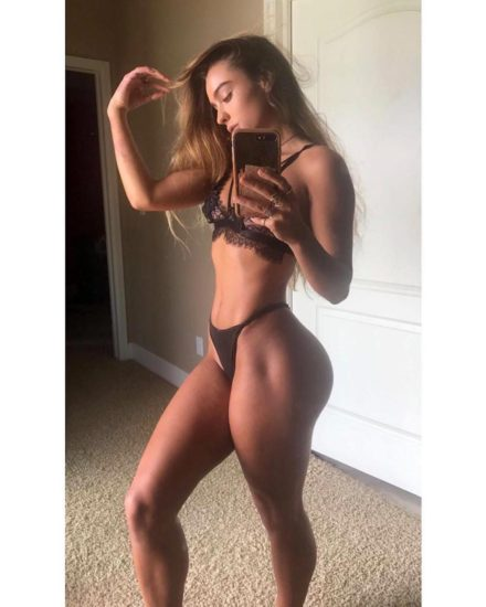 Sommer Ray Nude LEAKED Pics And Confirmed Sex Tape PORN Video 53