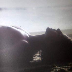 23-Heidi-Klum-Topless-Nude-Sexy