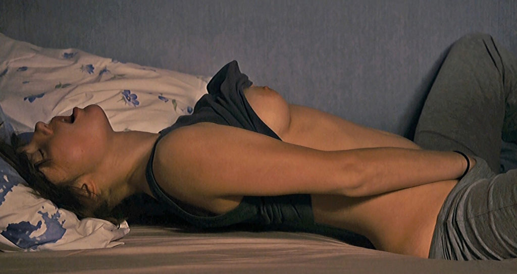 Adele exarchopoulos masturbates blue is the warmest color 9