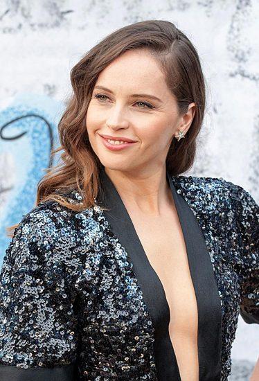 Felicity Jones sexy dress