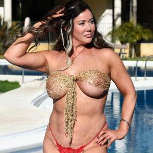 Lisa Appleton Showed Her Flat Disgusting Butt In Red Thongs