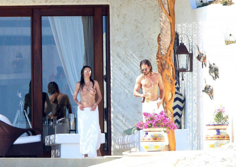Heidi Klum Nude and Topless LEAKED Pictures 5