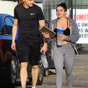 Ariel Winter hot cameltoe