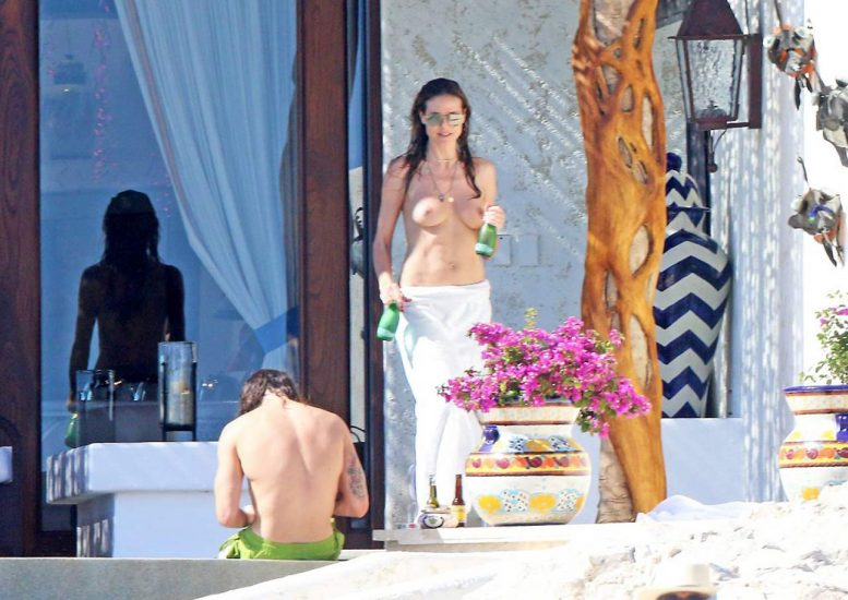 Heidi Klum Nude and Topless LEAKED Pictures 7