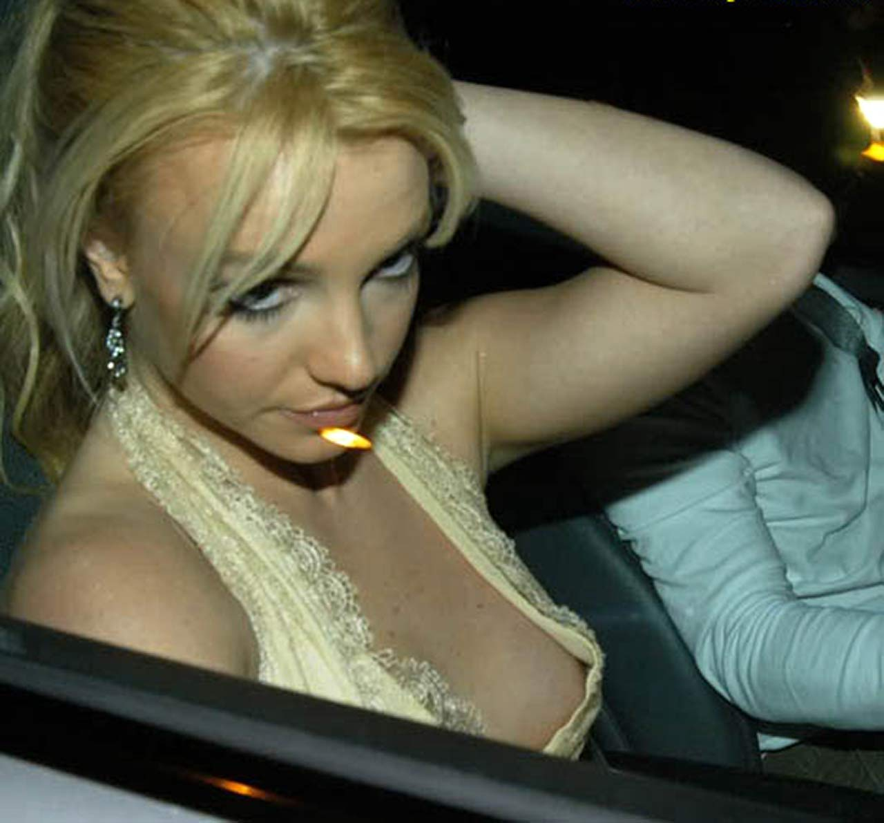 Britney Spears Nip Slip  Pussy Flashes  Shes A Wreck -1923