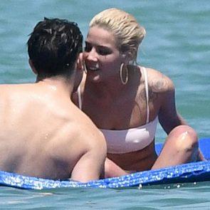 Halsey bikini pic
