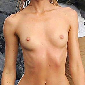 10-Candice-Swanepoel-Nude