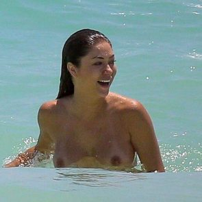 Arianny Celeste nude in the sea