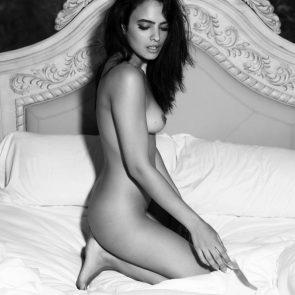 16-Nina-Daniele-Nude
