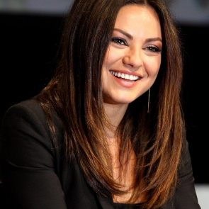 Mila Kunis Nude LEAKED Private Pics & Porn Video From Her Cell Phone 2