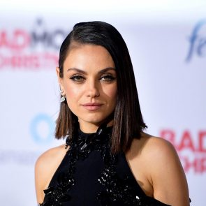 Mila Kunis Nude LEAKED Private Pics & Porn Video From Her Cell Phone 3