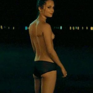 Alicia Vikander Topless In Son Of A Gun Movie