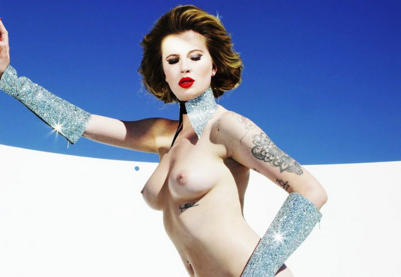 Ireland Baldwin Nude & Topless Pics And Porn Video 13