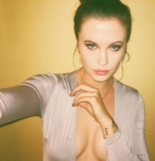 Ireland Baldwin Nude & Topless Pics And Porn Video 184