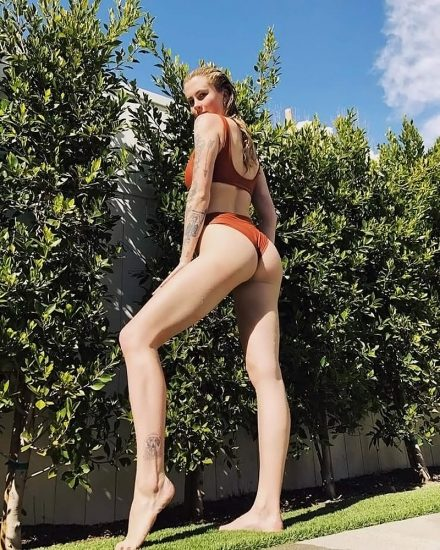 Ireland Baldwin Nude & Topless Pics And Porn Video 197