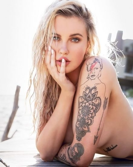 Ireland Baldwin Nude & Topless Pics And Porn Video 125