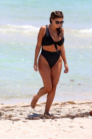 Larsa Pippen hot in bikini