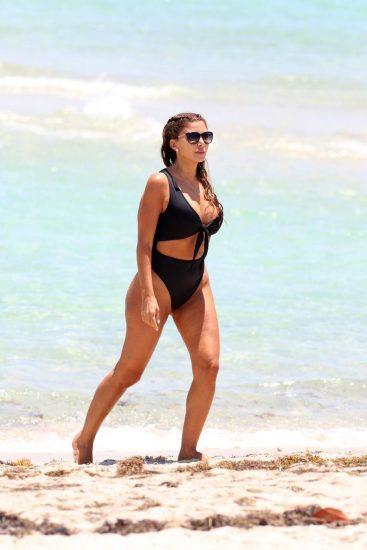 Larsa Pippen tits in bikini