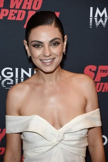 Mila Kunis Nude LEAKED Private Pics & Porn Video From Her Cell Phone 66