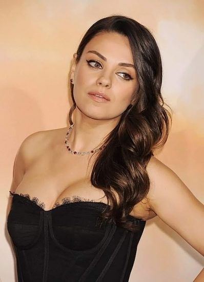 Mila Kunis Nude LEAKED Private Pics & Porn Video From Her Cell Phone 69