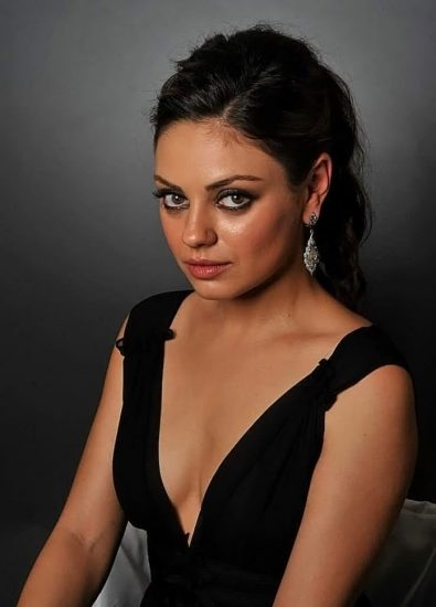 Mila Kunis Nude LEAKED Private Pics & Porn Video From Her Cell Phone 70