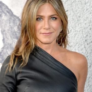 Jennifer Aniston Nude Pics, Porn and Sex Scenes [2021] 56
