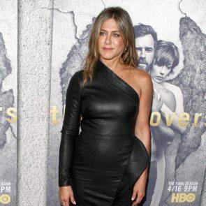 Jennifer Aniston Nude Pics, Porn and Sex Scenes [2021] 55