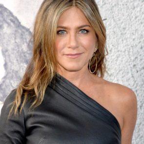 Jennifer Aniston Nude Pics, Porn and Sex Scenes [2021] 53