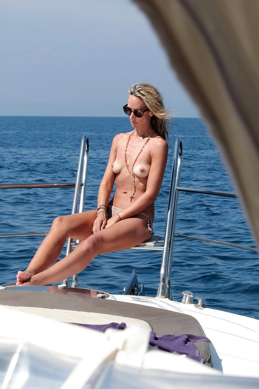 Victoria hervey naked