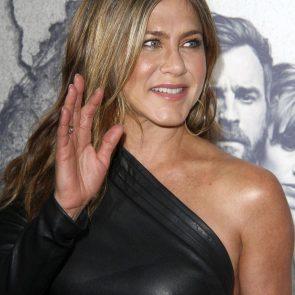 Jennifer Aniston Nude Pics, Porn and Sex Scenes [2021] 51