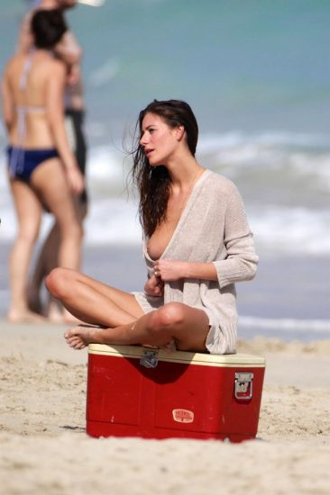Alejandra Guilmant NUDE & Topless Photos Collection 98