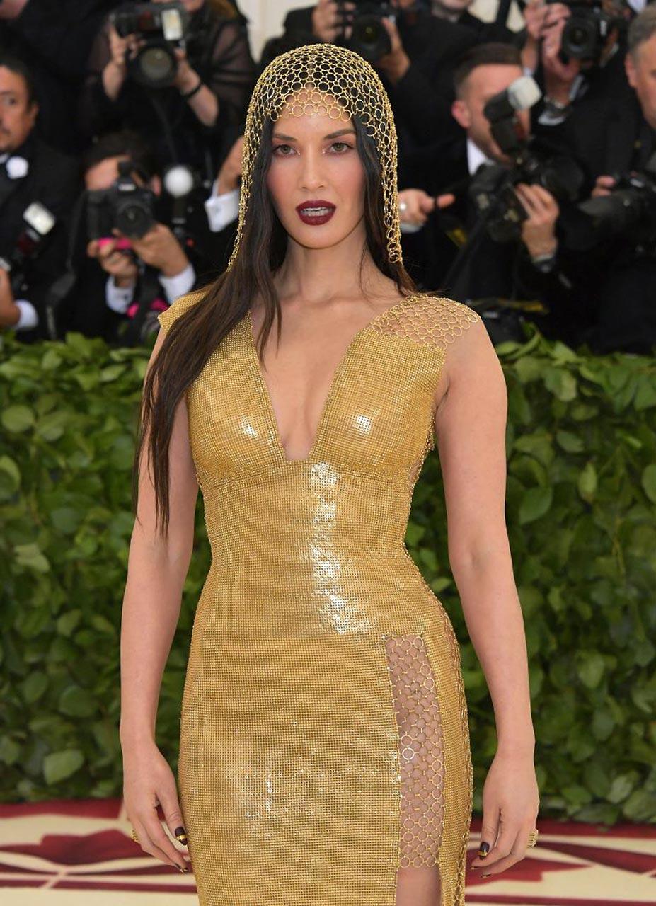 Nip olivia slip celebrity munn