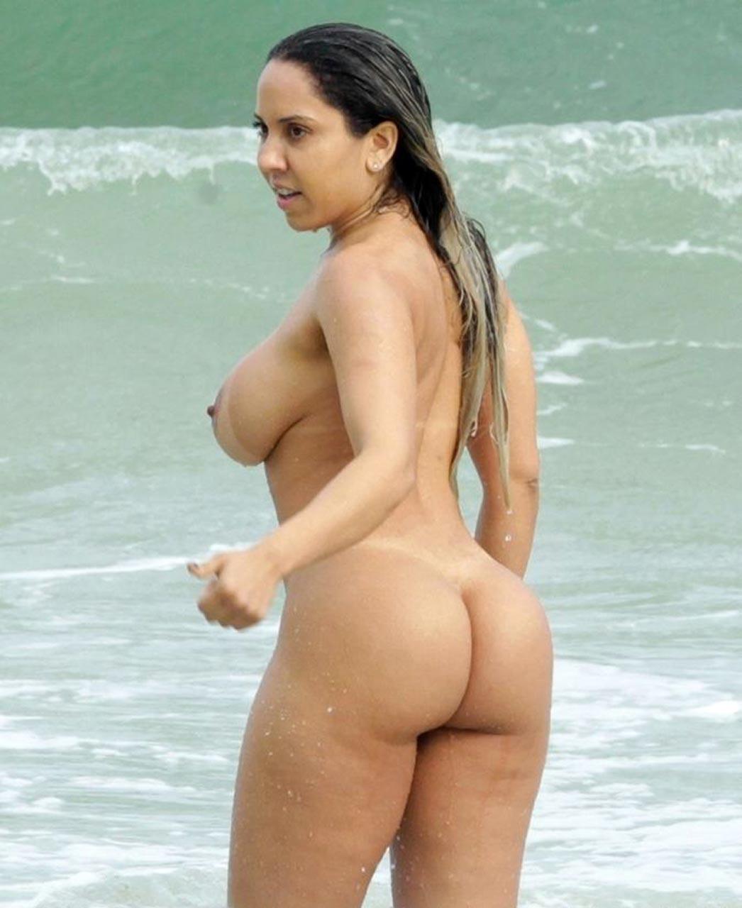 Brazilian Model Renata Frisson Nude On The Beach - Scandal -1893