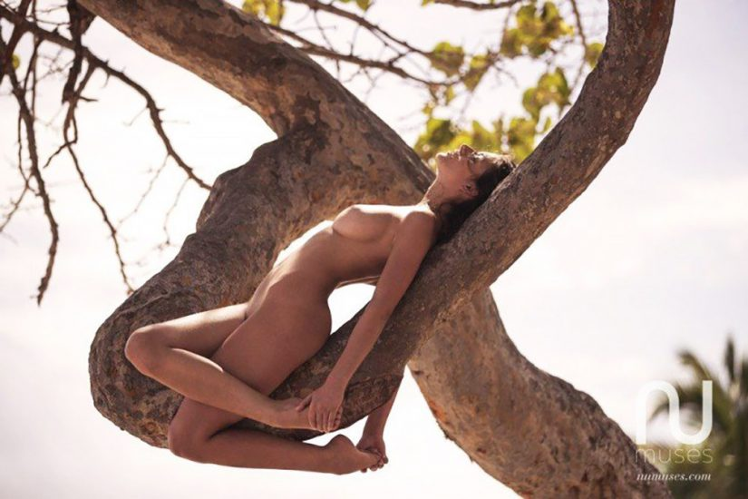 Alejandra Guilmant NUDE & Topless Photos Collection 69