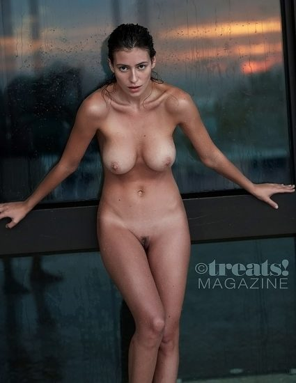 Alejandra Guilmant NUDE & Topless Photos Collection 85