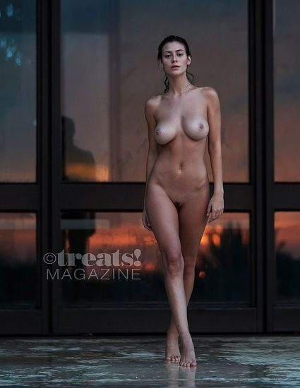 Alejandra Guilmant NUDE & Topless Photos Collection 84