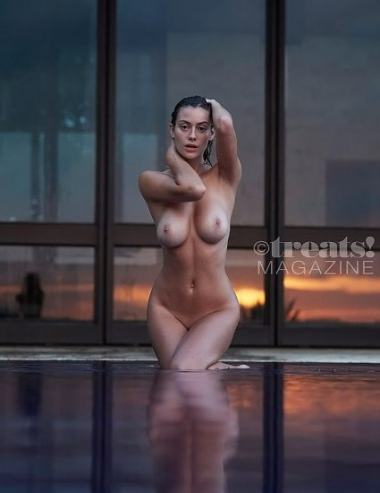 Alejandra Guilmant NUDE & Topless Photos Collection 83