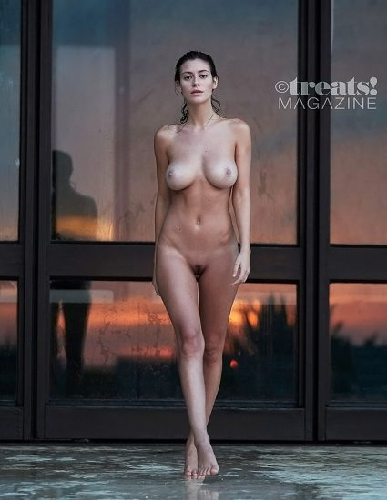 Alejandra Guilmant NUDE & Topless Photos Collection 77