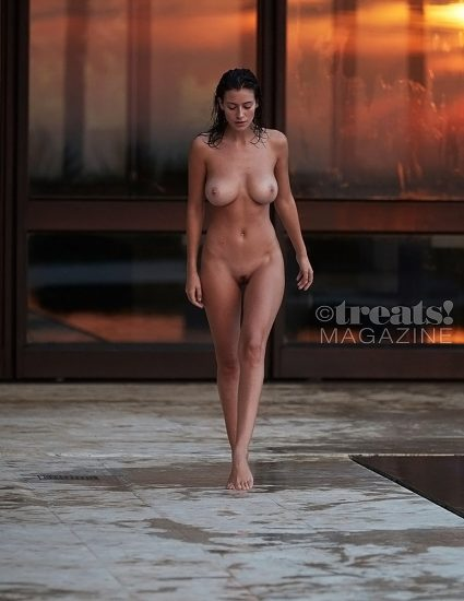Alejandra Guilmant NUDE & Topless Photos Collection 76