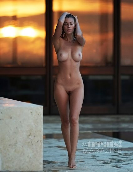 Alejandra Guilmant topless and pussy