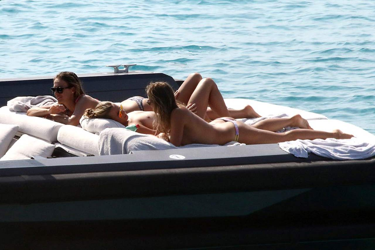 Maria jade bikini,Caroline Flack Nude And Sexy - 20 Photos XXX pic Jessa rhodes my sexy stepmom,Beyonce braless. 2018-2019 celebrityes photos leaks!
